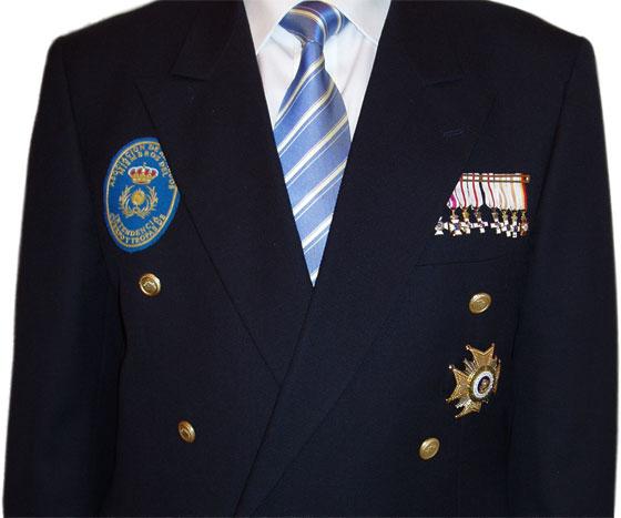 Uniformidad de los Miembros de la Asociación de Veteranos de Intendencia